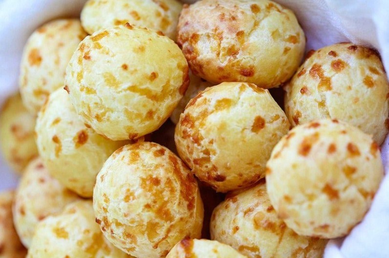 Delicious Brazilian Cheese Puffs